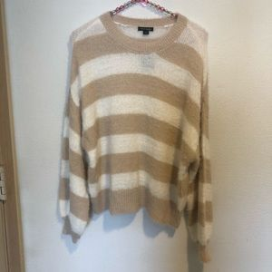 💜NWT Wild Fable cropped stripe fuzzy sweater